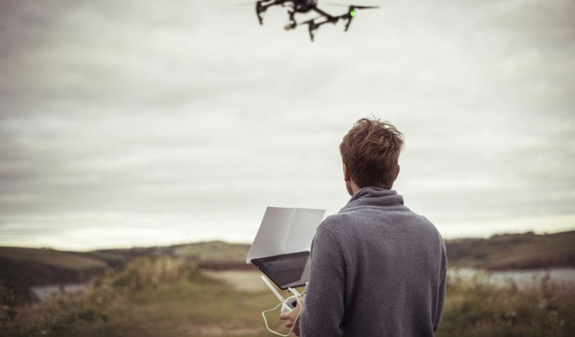 Cómo se vuela un dron
