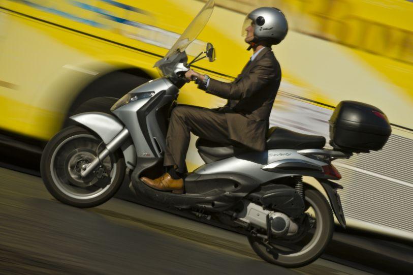 Conducir moto sin carné