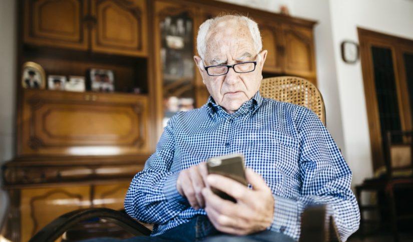 Beneficios del móvil para las personas mayores