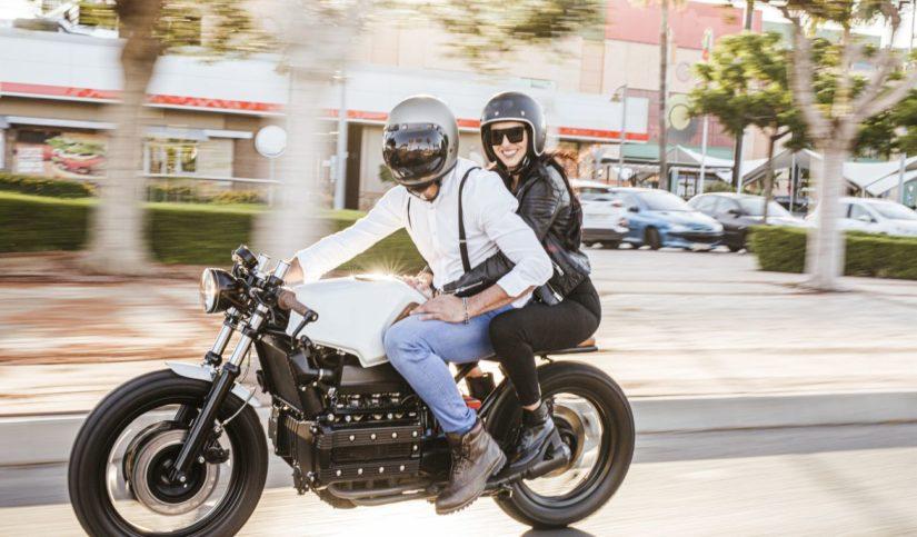 Motos con dos pasajeros